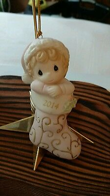 Precious Moments 2014 Baby's First Christmas Ornament ~ Girl ~ # 141005 ~ MIB