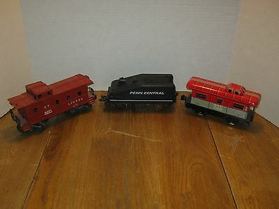 Mixed Lot of 3-Vintage O-Scale Train Cars (2-Marx Toys/1-Lionel) Pre-owned