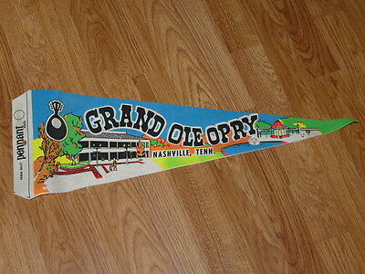 Vintage GRAND OLE OPRY, Nashville, Tenn. United States Pennant, 25''½ long