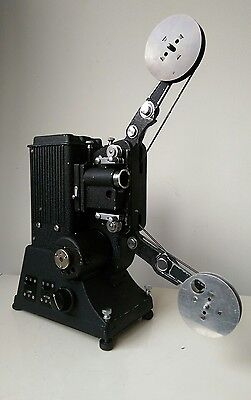 Specto BB 9.5mm Vintage Projector, working with original case and accessories