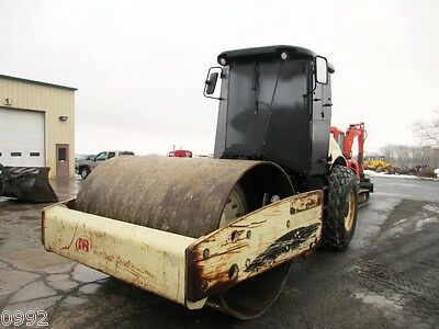 2005 Ingersoll-Rand SD105 Single Drum Drive Smooth Drum Vibratory Roller w/Cab