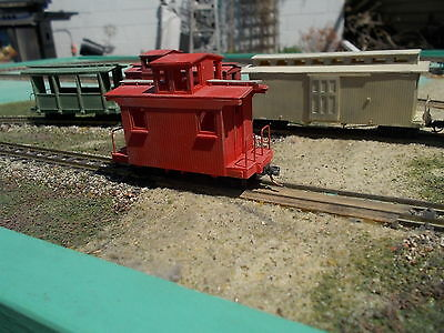 HOn30 16 foot Off center Cupole Caboose Craftsman Kit by Railway Recollections