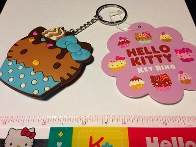 Sanrio Original Classic Hello Kitty Keychain Cupcake 2011 Cute 90s key chain