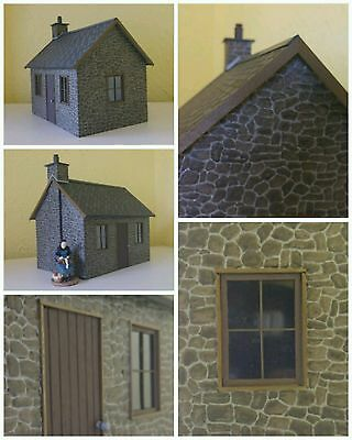 16mm SM32/45 SCALE RESIN STONE COTTAGE KIT + LIGHTING BRAND NEW & UNBUILT IN BAG