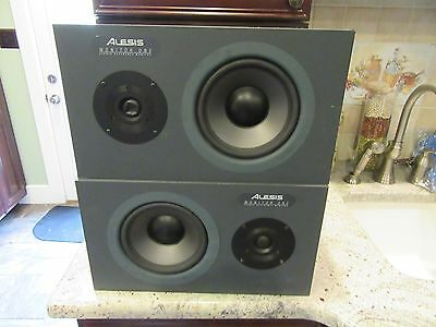 Pair Alesis Monitor One Professional Studio Reference Speakers