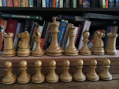 Jaques c. 1890 chess set, mint condition, original box and Jaques booklet