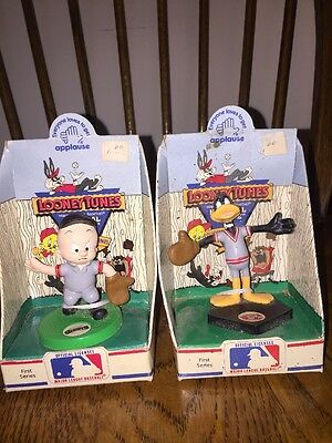 lot 2 Looney Tunes National  League Baseball Team Figures Boxes 1990 Applause