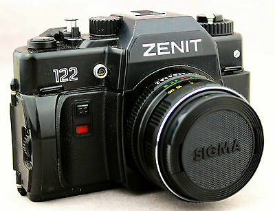 ZENIT 122 Vintage Camera 35mm Russian Photography Black & White Leather Case