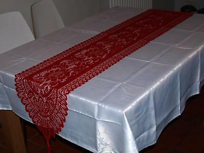 2 Piece Christmas Dinner Set - Red Lace Runner / White Damask Table Cloth