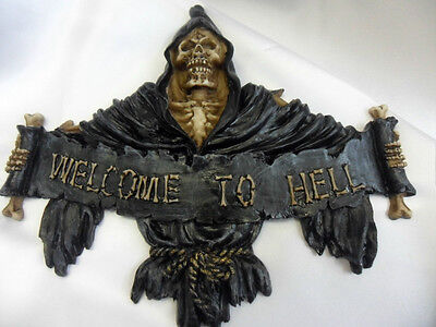Welcome to Hell Gothic wall plaque.