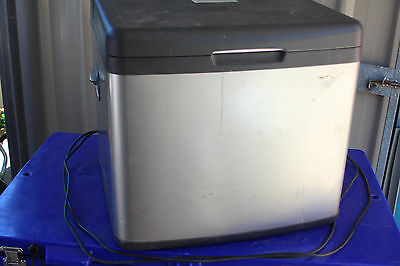 Lumina 3 Way 45L Portable Fridge Luxc45B