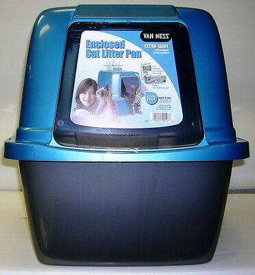 Van Ness Enclosed Pan Extra Giant Cat Toilet Litter Tray