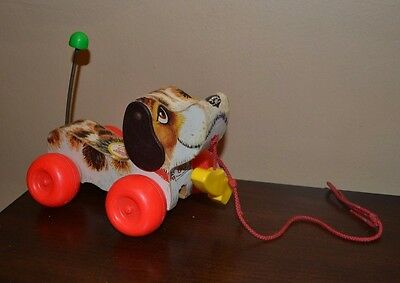 Vintage 1968 #693 Fisher Price Little Snoopy Pull Toy With Leash And Shoe