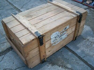 LARGE VINTAGE WOODEN CHEST TRUNK  (APPROX 40 YEARS OLD)  105 X 60 X47 cm