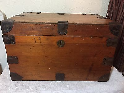 Small C19th Metal Bound Trunk With Metal Handles & Corners: 45cm x 30 x 27