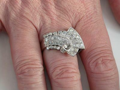 VINTAGE ART DECO PLATINUM 2ct DIAMOND COCKTAIL RING C.1920