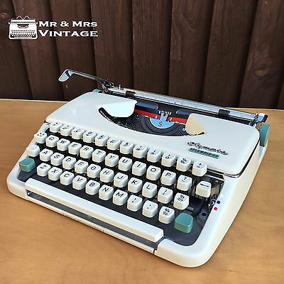 Immaculate Olympia Splendid 66 off White typewriter working black red ribbon • EUR 218,37