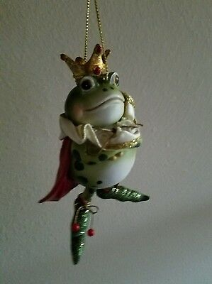 Frog king crown and red cape Ornament Christmas tree