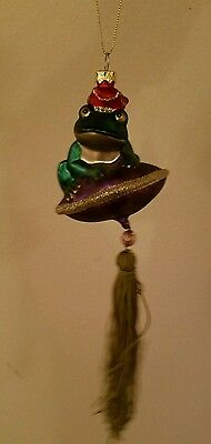 Sitting Frog on pillow Ornament Christmas tree