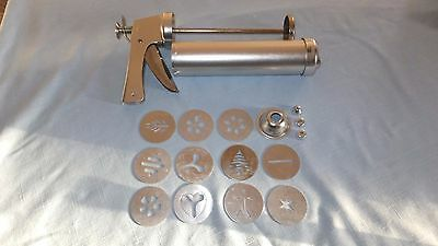 Vintage Wear-Ever Cookie Gun Press Pastry Decorator Trigger Dial Thickness 3365