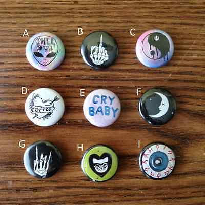 "1"" Grunge Tumblr Pinback Buttons (Yin Yang Alien Middle Finger Eyeball etc.) Lot"
