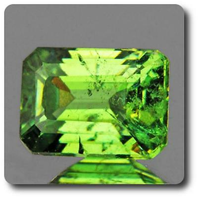 GARNET DEMANTOID . 0.58 cts. VVS Ural Mountains, Russia With Certificate