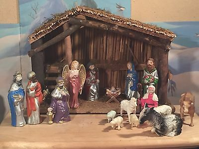 17 Piece Vintage Nativity Scene w/Stable