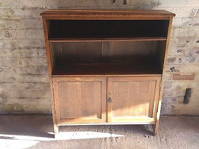 Arts and Crafts period solid oak bookcase