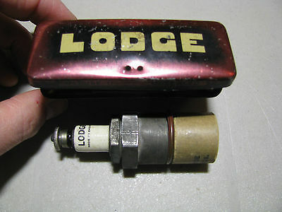 RARE Vintage Spark plug LODGE, C.T. 31  with original tin box Made in England