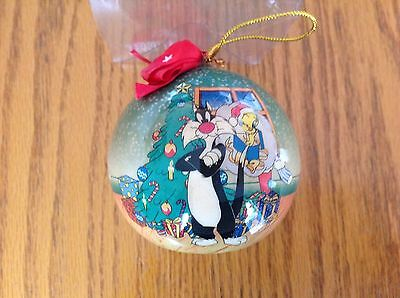 Looney Tunes 1995 Christmas Ornament