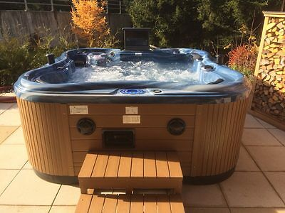 Whirlpool Jacuzzi «Fly Five Deluxe 5650»