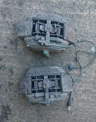 02-08 Mercedes E Class W211 Pair Of Front Calipers Brembo Geniune 4 Pots
