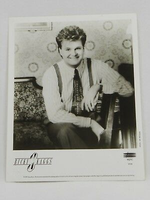 8x10 Black & White Promo Press Photo of Ricky Skaggs