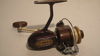 Vintage Eagle Claw 125A Spinning Reel