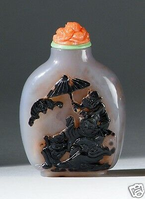 Antique Estate Chinese well-carved agate snuff bottle 19th Century