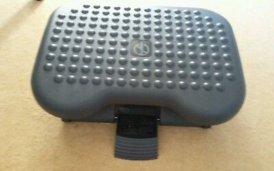 REDUCED PRICE: Footmate Ergonomic Foot Rest - tilting and height-adjustable