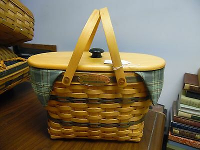 Longaberger, 1997 Traditions Collection, Fellowship Basket w/Liner and Protector