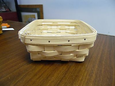 Longaberger Small Cream Berry Basket w/Protector