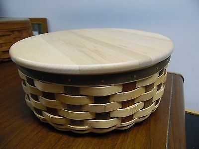 """Longaberger, American Craft Traditions, 11"""" Round Keeping Basket w/ Prot and Lid"""