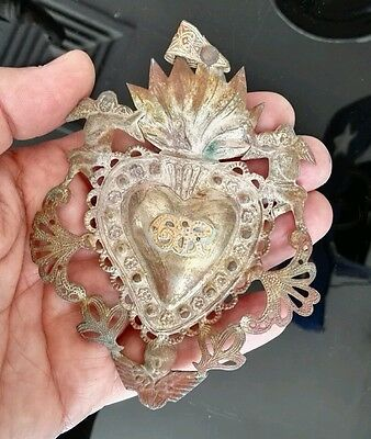 "Antique Big Silver Plate Sacred Jesus Heart Ex Voto Milagro Miracle Gild 4.5"" ."