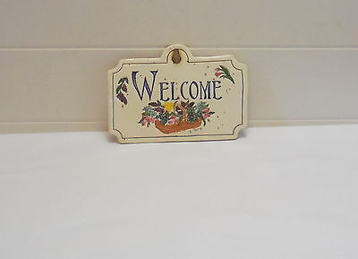 Longaberger Carol Berry Welcome Plaque With Flowers