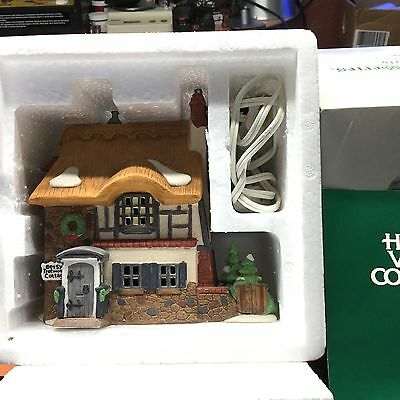 """Dept 56 Dickens Village """"Betsy Trotwood's Cottage""""  ** David Copperfield**  MINT"""