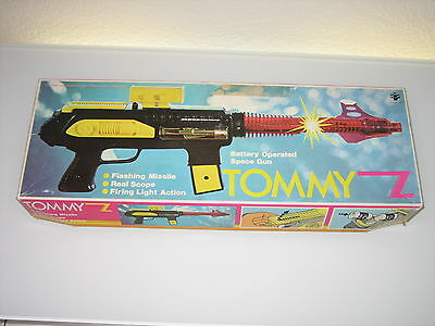 Space Gun Tommy Z Battery Operated Ovp. Top 70 Er Jahren