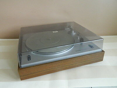 Yamaha YP-400 Belt Drive 2 speed Auto-Return Stereo Turntable LP Record Player