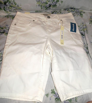 """NEW Junior Girls Shorts by D. Jeans, Size 8, White, Bermuda,W 30""""x10.5""""LNEW"""