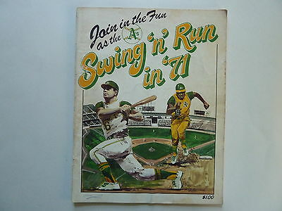 Oakland A's 1971 Baseball Yearbook