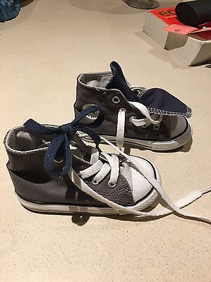 Infant Converse New Size 6 New Grey Lovely Christmas Present Blue & White Laces