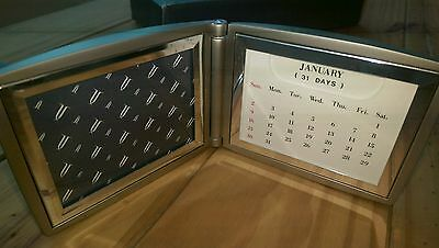 GUINNESS perpetual calendar, and photo frame pewter new. Vintage. Quality item.