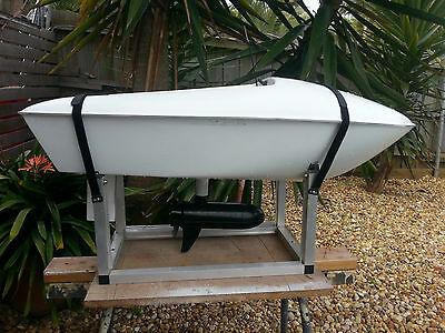 Bait Boat  Lakes Entrance Mk Ii With 40 Lbs Motor