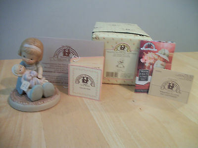 """Enesco Memories of Yesterday """"Wrapped In Love And Happiness"""" 602930"""